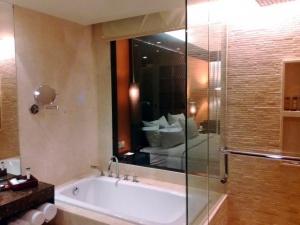 pullmanLegian Bath