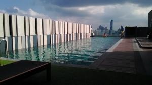 BKK Mercure Pool