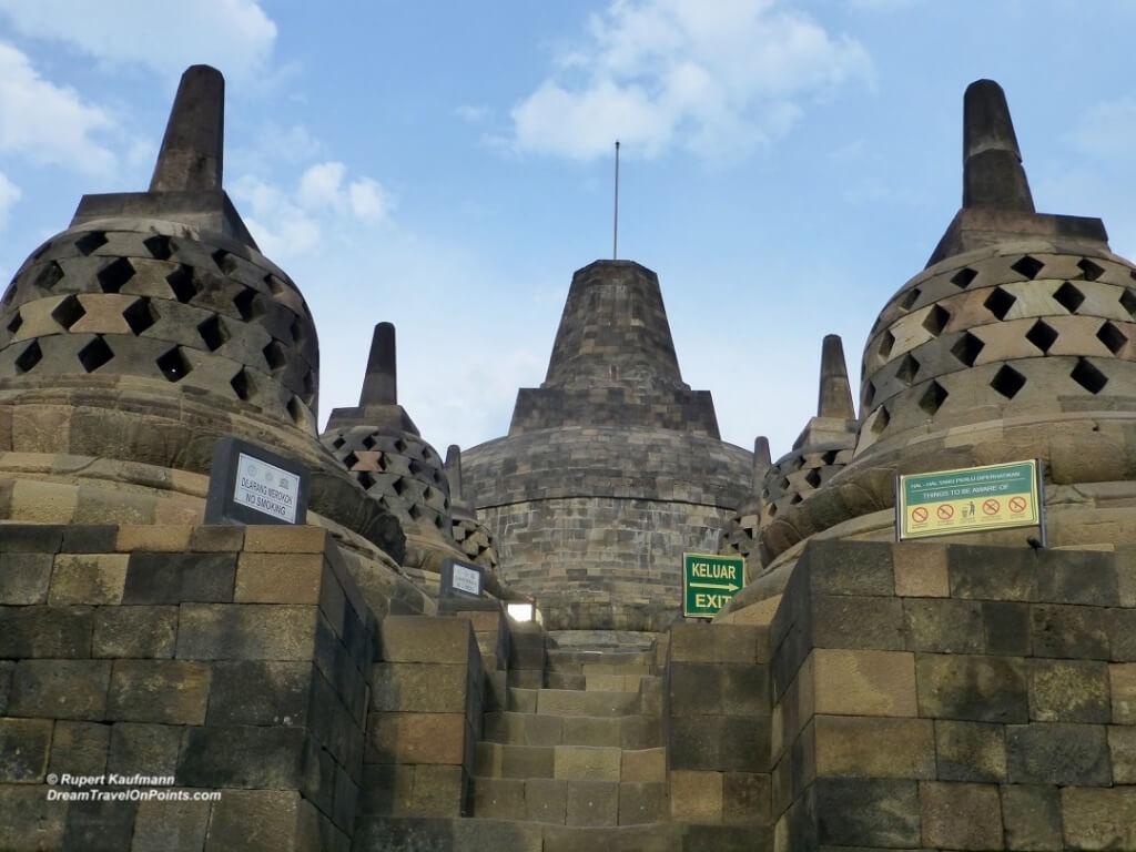 YOG Borobudur top